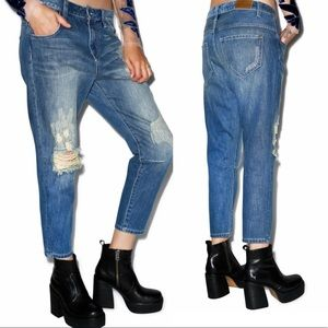Wildfox Baggy Crop Distressed Boyfriend Jeans